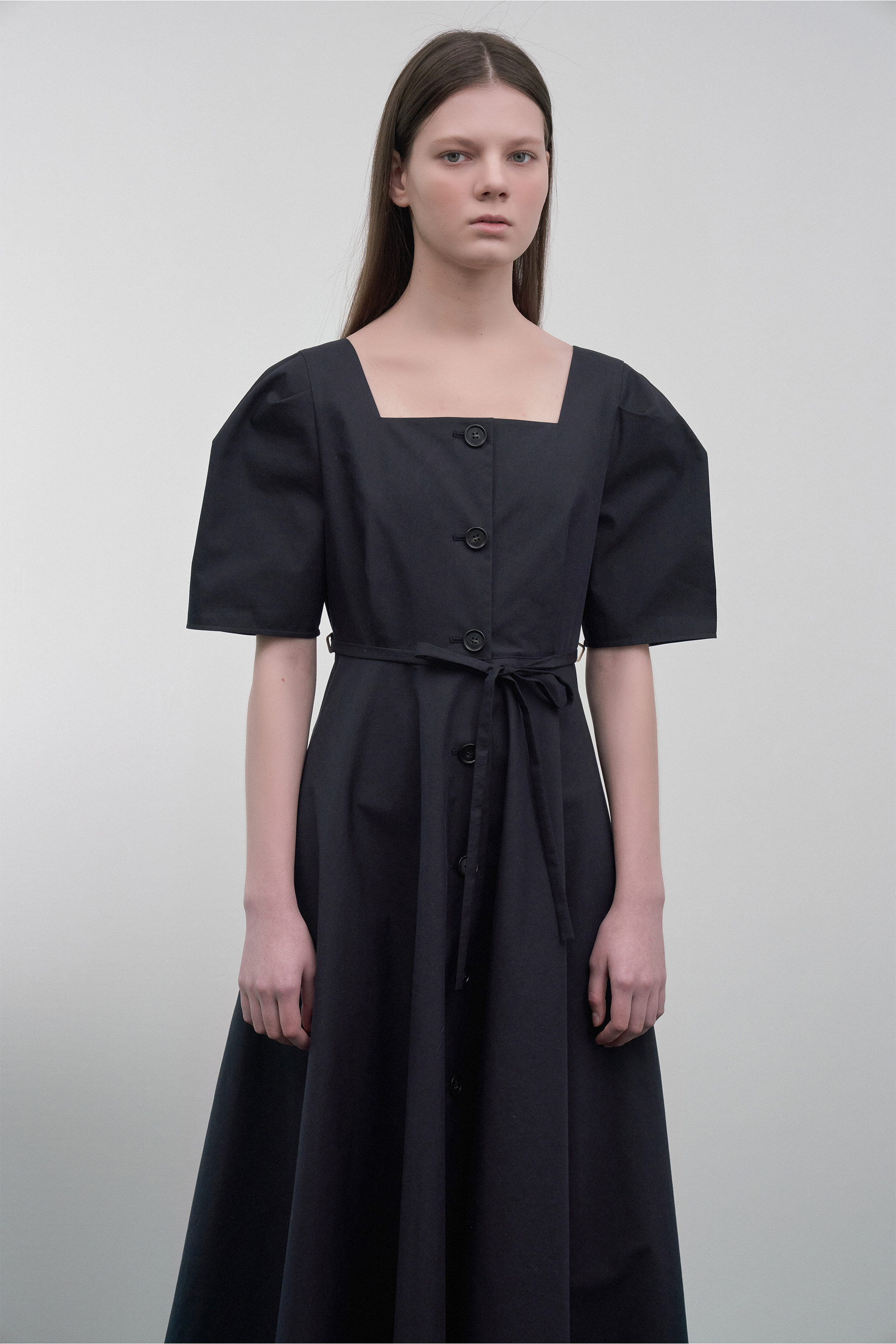 Button-Down Puff-Sleeved Dress  (navy)